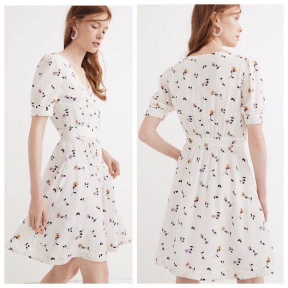 013c9220b9b Madewell Daylily Pintuck Dress in Sweet Blossoms